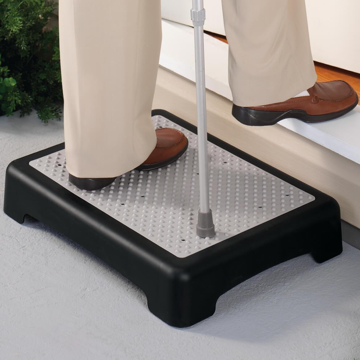 Outdoor Help Step-338119