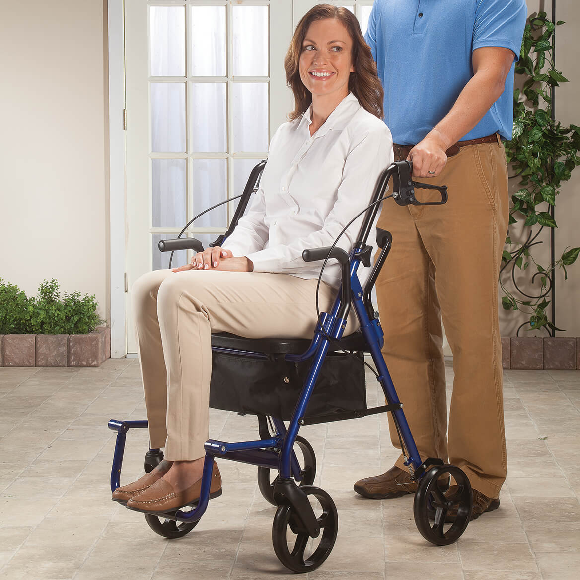 Transport Chair and Rollator in 1                   XL-348709