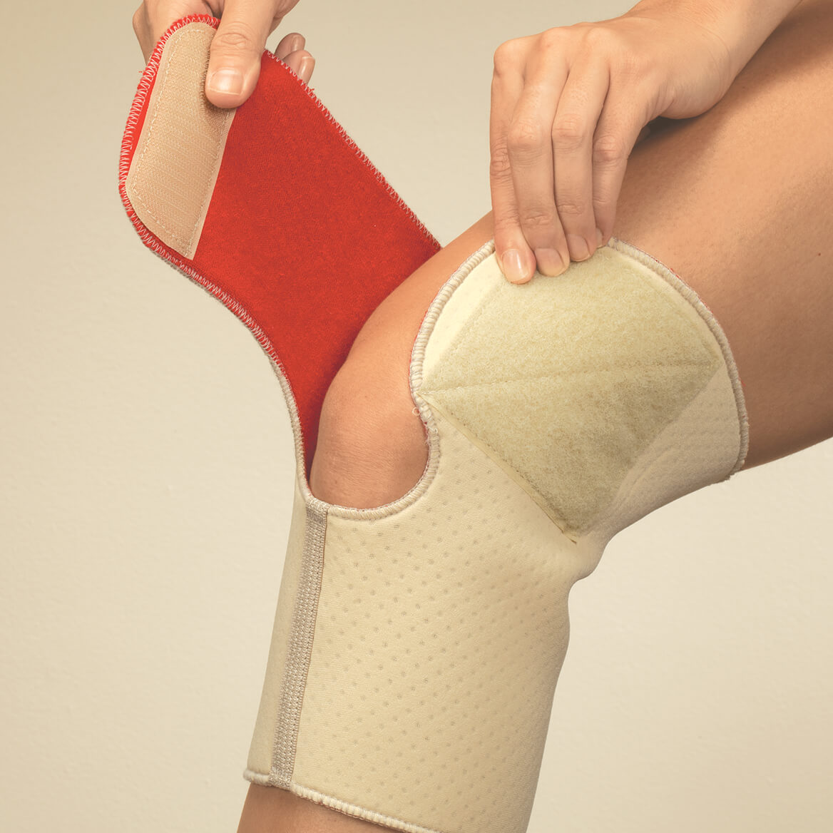 Arthritic Neoprene Knee Wrap-361274