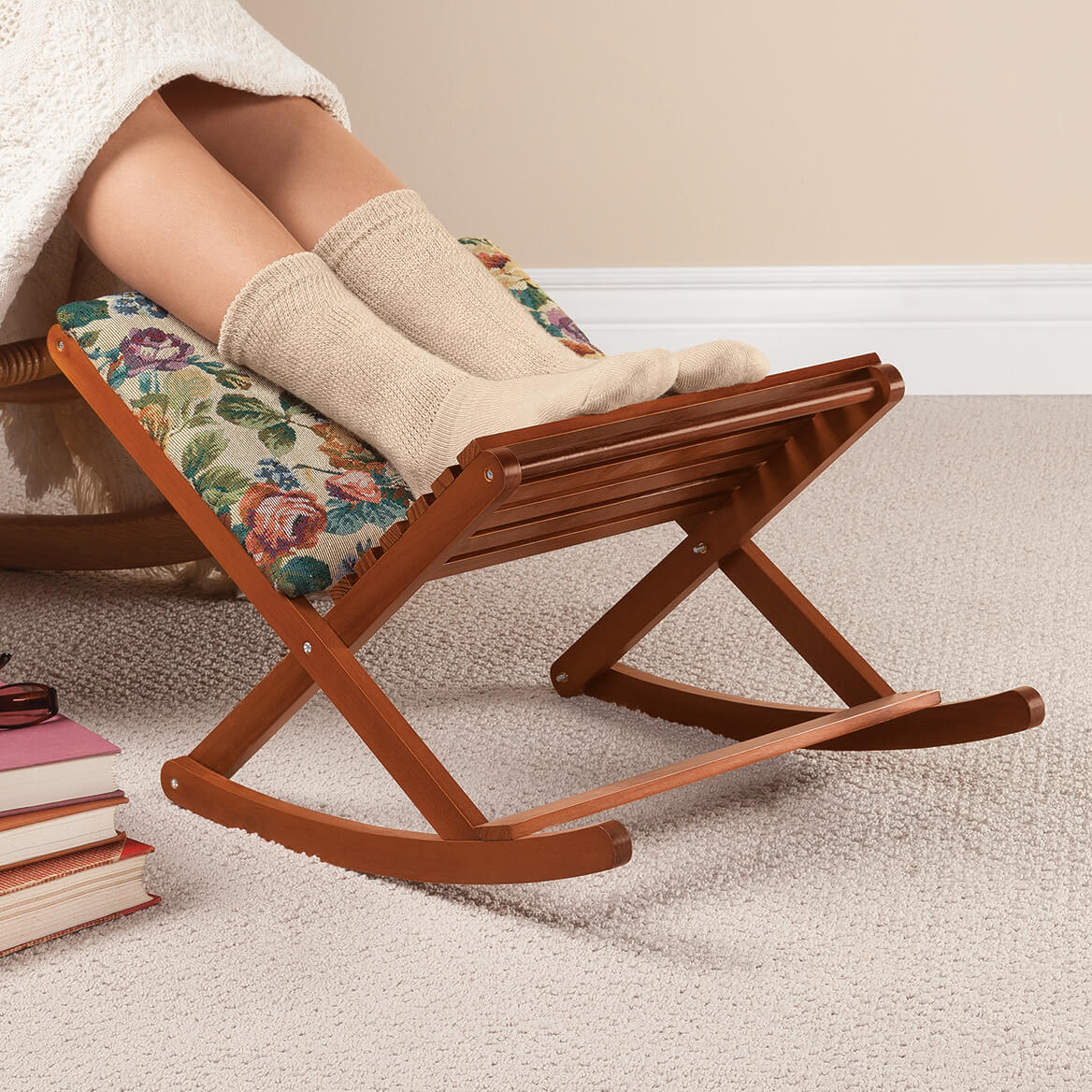 Deluxe Foldable Rocking Footrest-362985