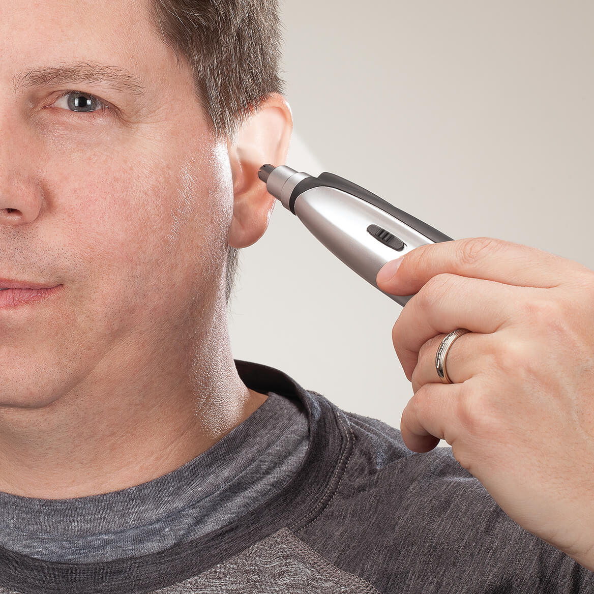 Lighted Nose and Ear Hair Trimmer-367415