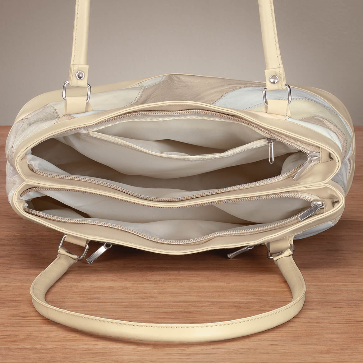 Five Pocket Cream Patch Leather Shoulder Bag-369224
