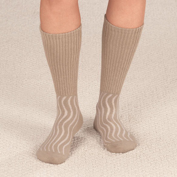 Wave-In Mesh Diabetic Crew Socks - View 3